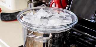 How to make distilled water?