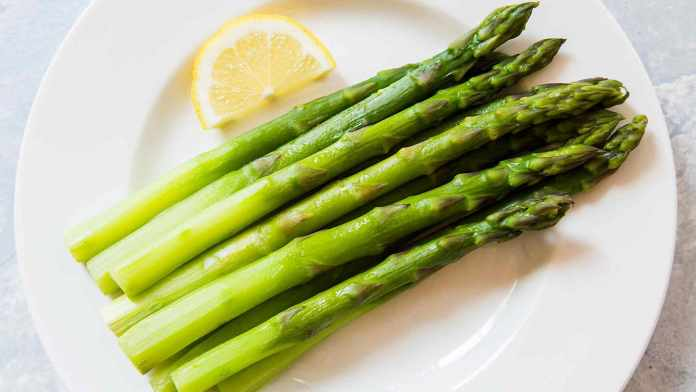 How to cook asparagus?
