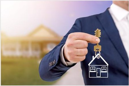 How to become a real estate agent?